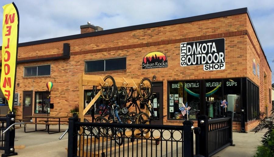 south-dakota-outdoor-shop-storefront